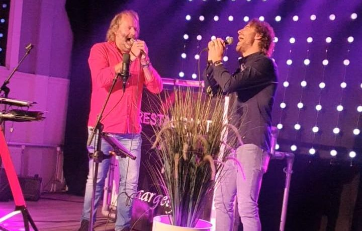 "Lockdown café ""You raise me up"" Jac Ruiten en Martin Brand"