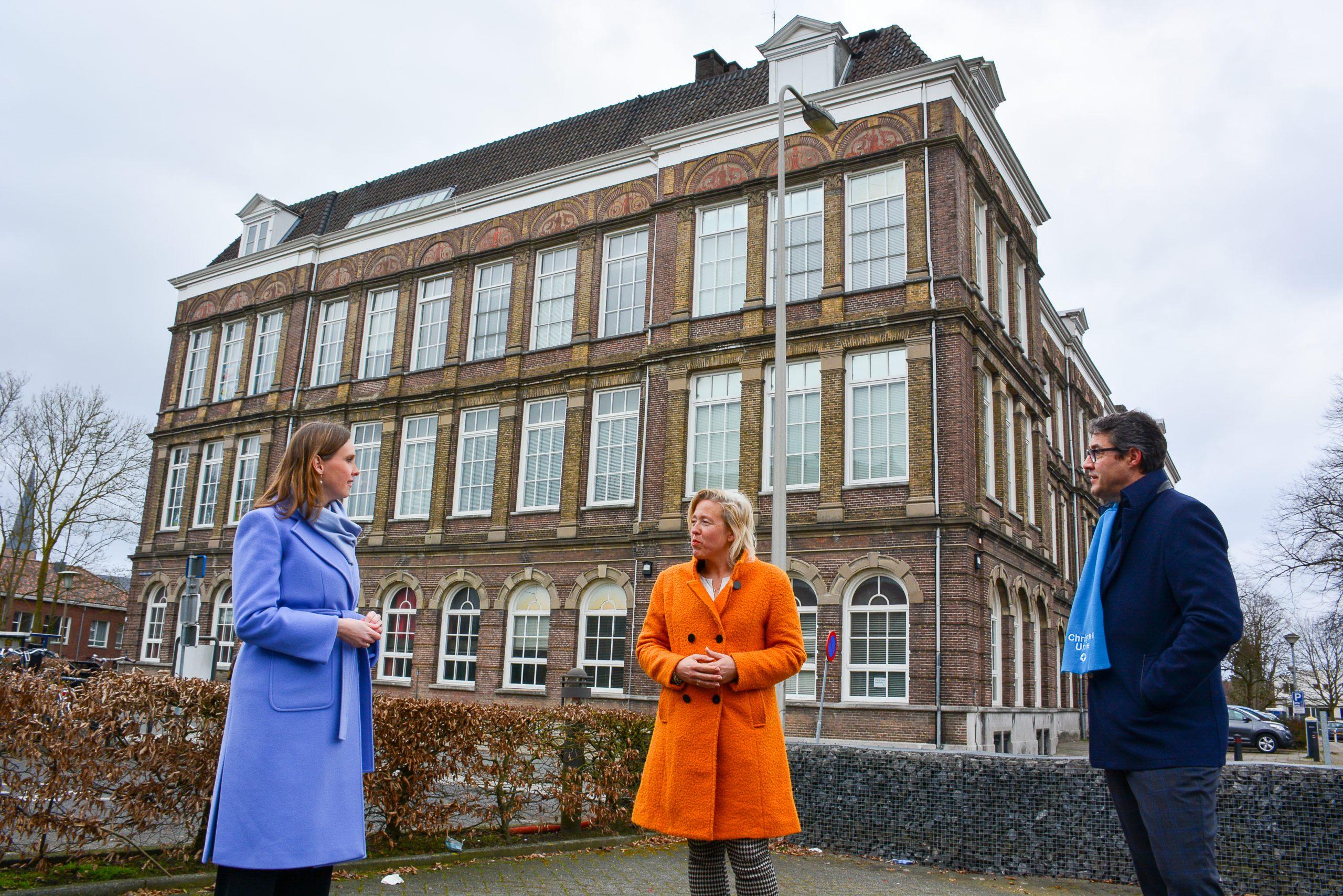 Kamerlid Stieneke van der Graaf brengt bezoek aan Kampen