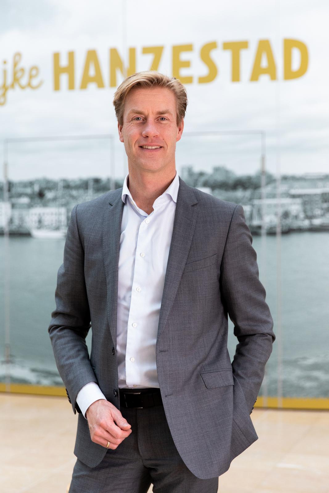 Kampen benoemt Nico Middelbos als gemeentesecretaris