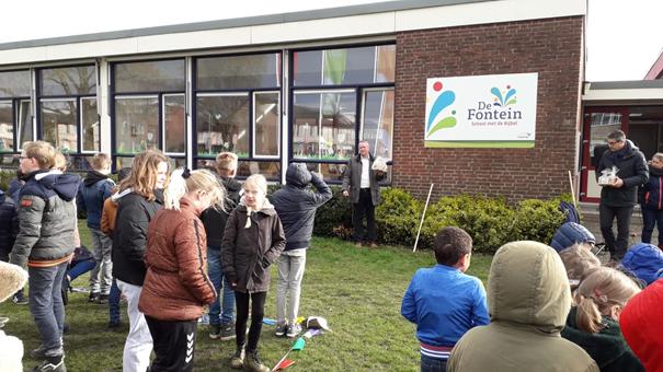 Basisschool de Fontein start Kindcentrum en onthult nieuw logo