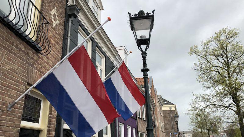 Vlagprotocol 2021: 4 mei hele dag vlag halfstok