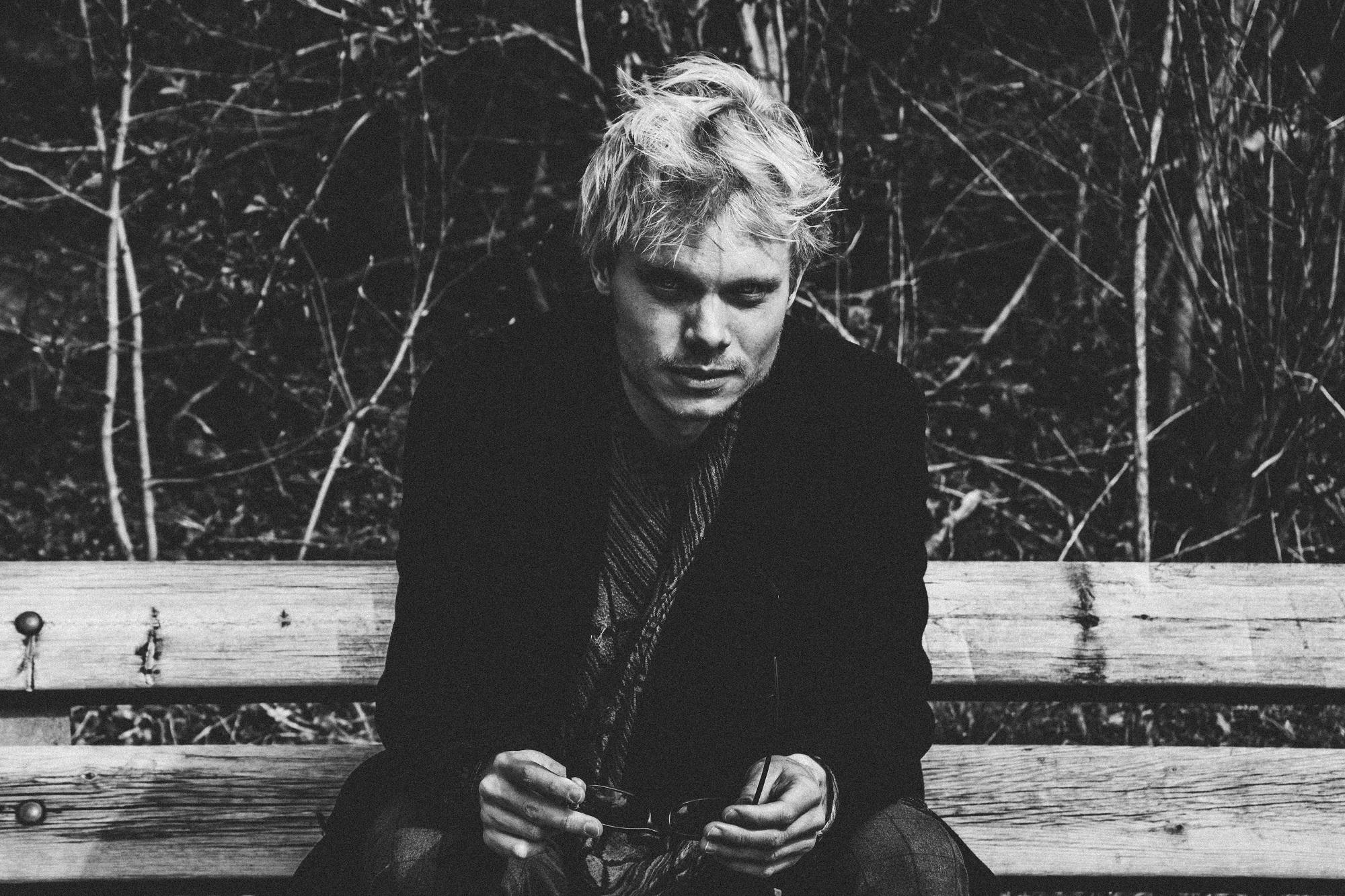 Vincent Corjanus sluit donkere periode af met nieuwe single