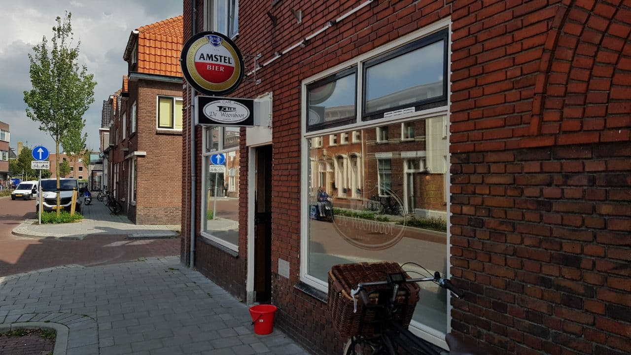 Inbraak café De Woonboot, politie Kampen zoekt getuigen